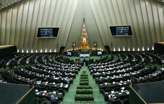 سوال نمایندگان مجلس از حسن روحانی