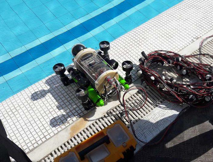 مسابقات ملی ربات های زیردریایی