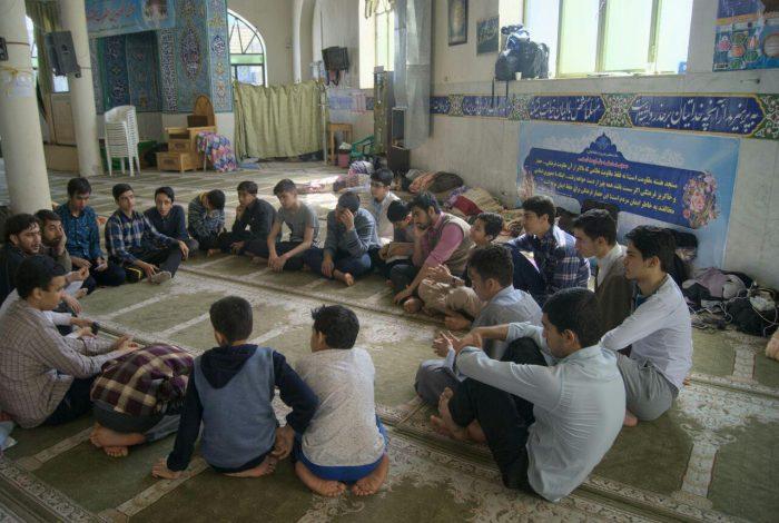 اعتکاف مسجدجامع ویلاشهر نوروز ۹۸ (۱)