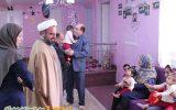 امام جمعه ویلاشهر به دیدار کودکان بی سرپرست ویلاشهر رفت + تصاویر
