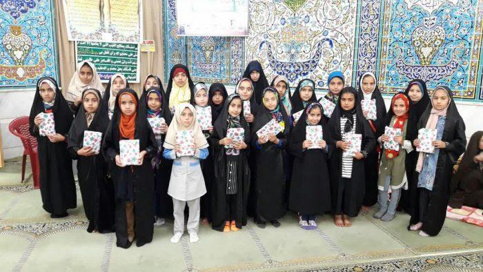 دختران روزه اولی در نجف آباد