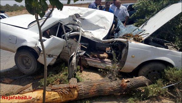 تصادف مرگبار در نجف آباد به علت سرعت زیاد