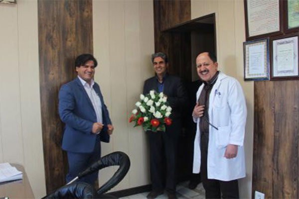 تصاویر-تقدیر-پزشکان-اورژانس-از-پرستاران-بیماراستان-شهید-محمد-منتظری