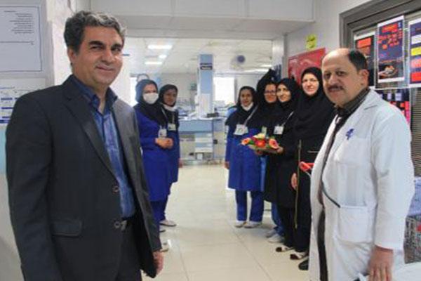 تصاویر-تقدیر-پزشکان-اورژانس-از-پرستاران-بیماراستان-شهید-محمد-منتظری..