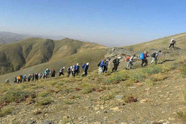 صعود کوهنوردان باشگاه خرم نجف آباد به قله بلقیس زنجان