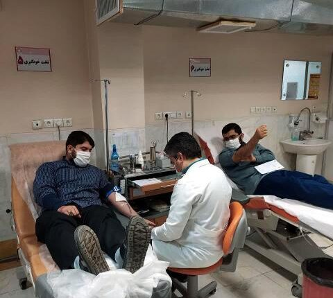تصاویر اهدای خون طلاب نجف آباد پاییز1399