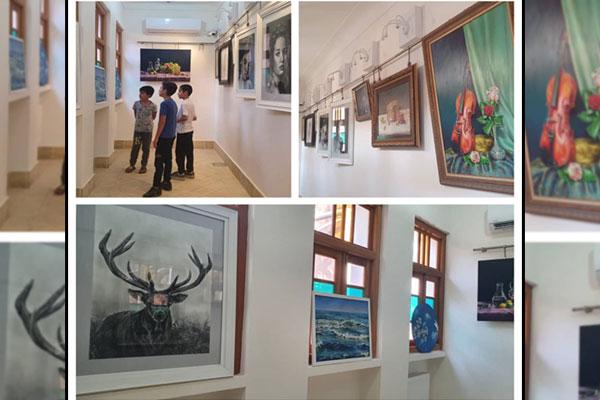 برگزاری-نمایشگاه-نقاشی-با-عنوان-نگارگری–در-نجف-آباد