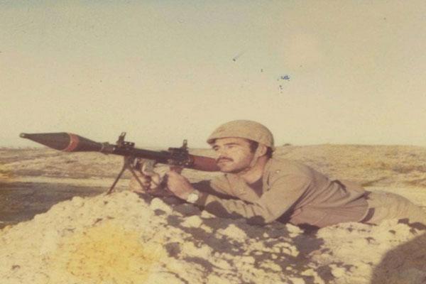 شهیدی-که-دفاع-از-وطن-را-به-تحصیل-در-آمریکا-ترجیح-داد