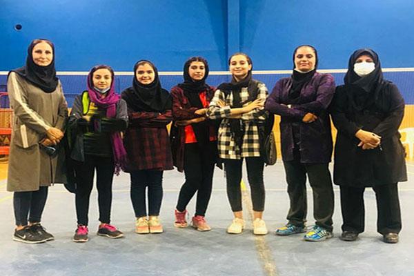 کسب-مقام-دختران-نجف-آباد-در-مسابقات-بدمینتون-منطقه-ای-کشور