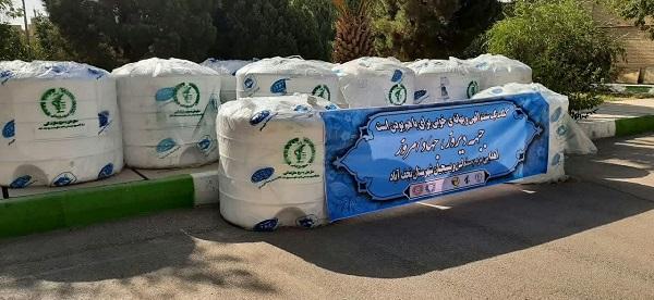 اهدای ۴۵ تانکر آب به مردم خوزستان از سوی نجف آبادی ها