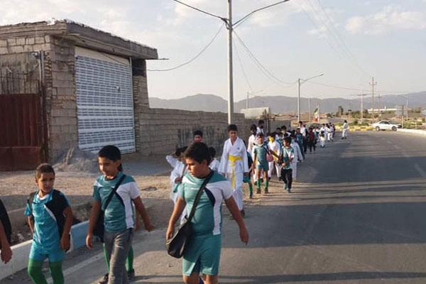 برگزاری-همایش-پیاده-روی-در-روستای-جلال-آباد